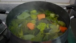 How To Make Vegetable Broth Or Stock