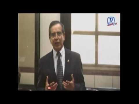 Rolando González rinde homenaje a la memoria de Carlos Manuel Vicente Castro
