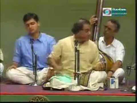 T.N.SESHAGOPALAN-Bantureethi kolu - Hamsanadam- Coutesy Pothigai TV