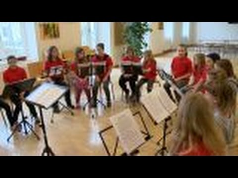 Besuch in der 1. Klasse der Neuen Musik-Mittelschule Laa