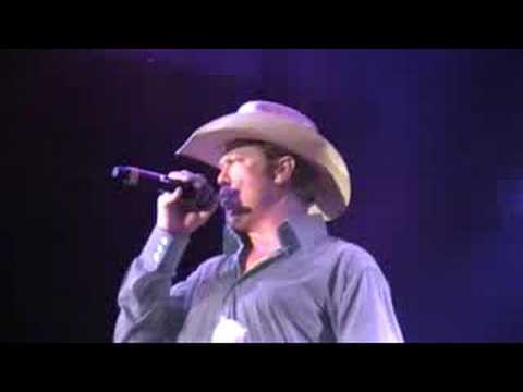 Tracy Lawrence - Texas Tornado LIVE