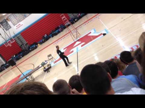 Eddiespeak at Arrowhead high school! Dance off