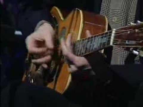 Eric Clapton - Walkin blues
