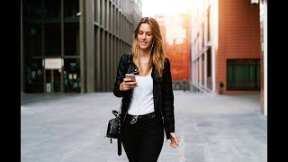 'Smartphone Zombie' Law Bans Texting While Walking
