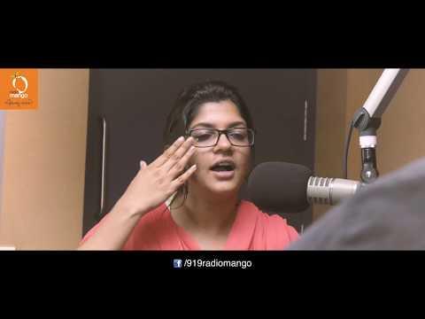 കണ്ണെഴുതിക്കഴിഞ്ഞാൽ എന്നെക്കാണാൻ നല്ല ഭംഗിയാ | Aparna Balamurali | Interview | Radio Mango