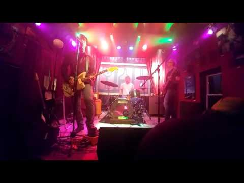 Porcupine 'Connecting the Dots' live @ Ed's No Name Bar' in Winona