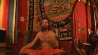 Темный ритрит Свами Сат Марги - 49 дней темноты и тишины