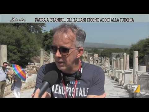 Paura a Istanbul, gli italiani docono addio alla Turchia