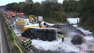 [EXPLOSIONSGEFAHR NACH UNFALL MIT TANKLASTZUG] - Großeinsatz Feuerwehr Köln ~ Bergungsarbeiten -
