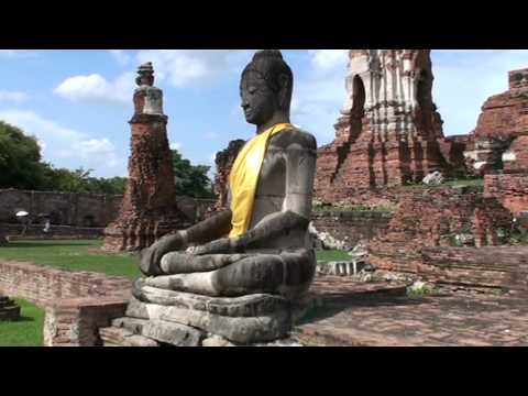 Wat Mahathat - Buddha