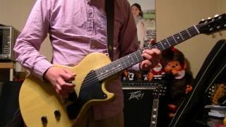 ソロは自分の指グセでフィーリングで 弾いています。