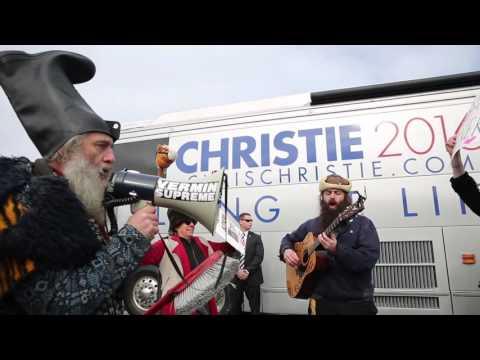Pro-Pony Presidential Candidate Vermin Supreme Mocks Gov. Christie