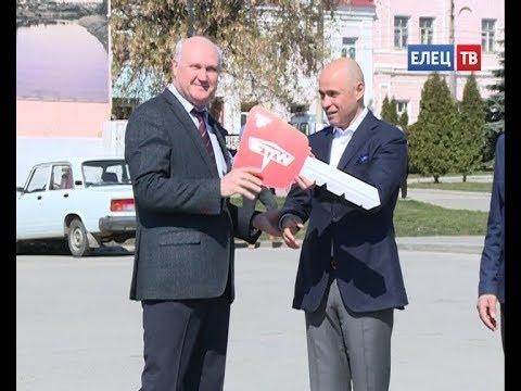 Год Ельца в действии: новые автобусы выходят на маршрут