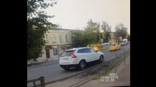 В Моршанске столкнулись скорая помощь и легковой автомобиль