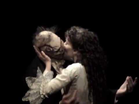 Phantom Comparison - The Kiss