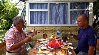 Азербайджан || Правильный тост Востока || Город Шеки || Доедаем курдюк и гуляем по Шеки