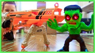 EPIC NERF RIFLE OBSTACLE COURSE with NERF Accustrike RAPTORSTRIKE