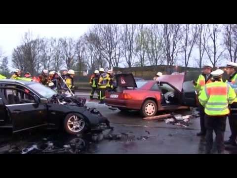 Zwei Tote bei Unfall durch Geisterfahrer auf der A 81 bei Böblingen Sindelfingen
