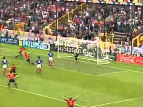 the best goals of euro 2000 youtube. Black Bedroom Furniture Sets. Home Design Ideas