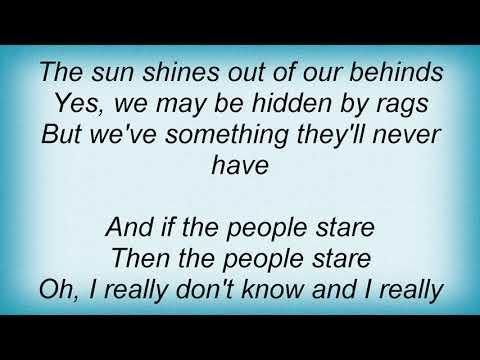 Smiths - Hand In Glove Lyrics