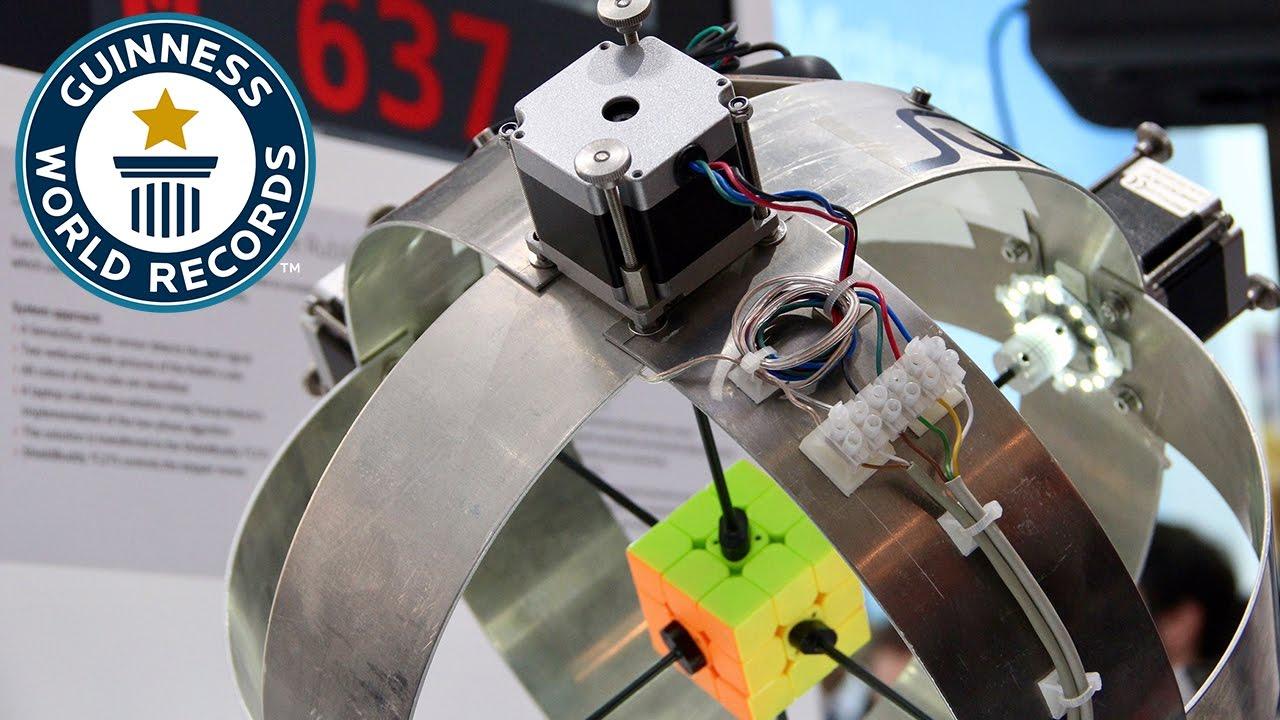 Dünyanın 'En Hızlı' Rubik Küpü 0.637 Saniyede Çözen Robotu
