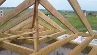 видео Конструкция стропильной системы вальмовой крыши