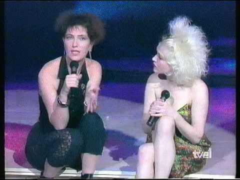 Cindy Lauper - Entrevista + Primitive - TV 1989