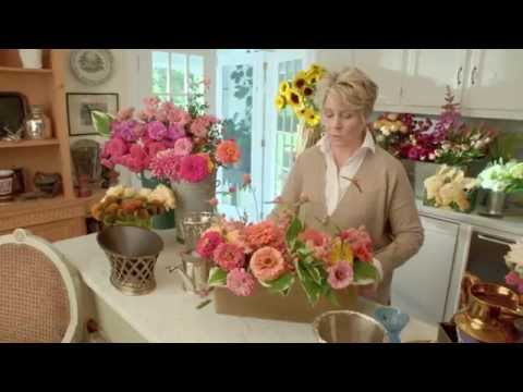 Flower Arranging with Bunny Williams - YouTube