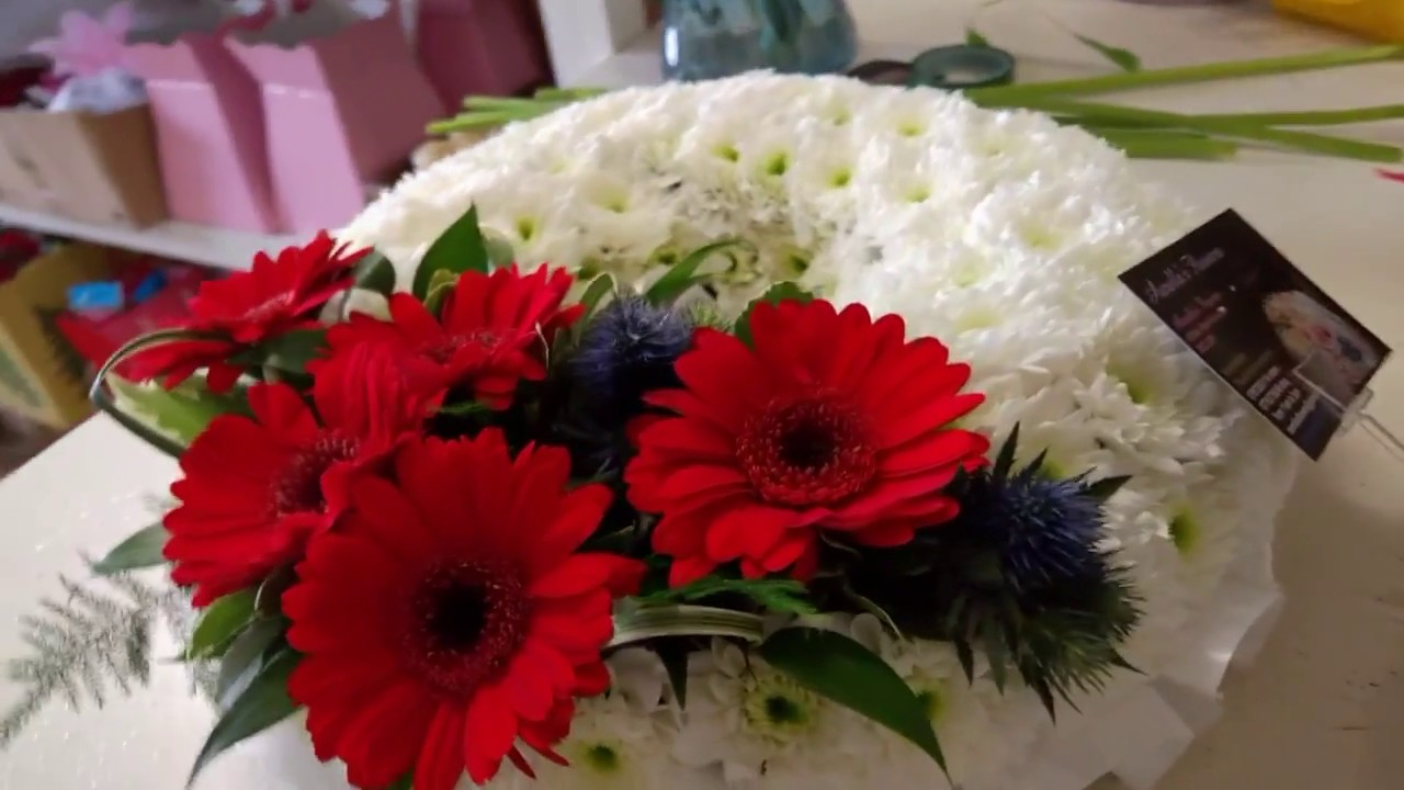 How To Make A Funeral Wreath By Aurellas Flowers Youtube