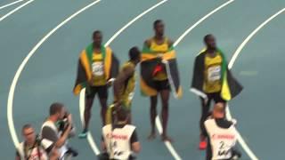 Усейн Болт и команда Ямайки после победы ЧМ по легкой атлетике 18.08.13