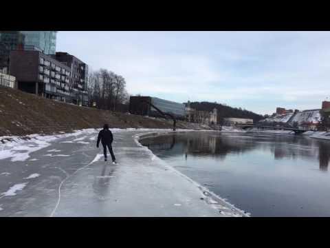 Vilnius. Neris ICE skating