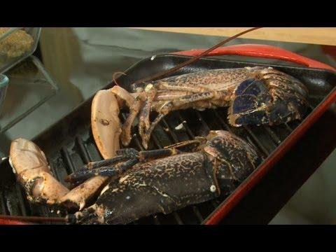 comment cuire l 39 araign e de mer cuisson des crustac s how to cook spider crab france. Black Bedroom Furniture Sets. Home Design Ideas