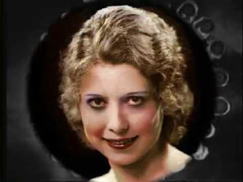 Annette Hanshaw COOKING BREAKFAST - Hot! 1930