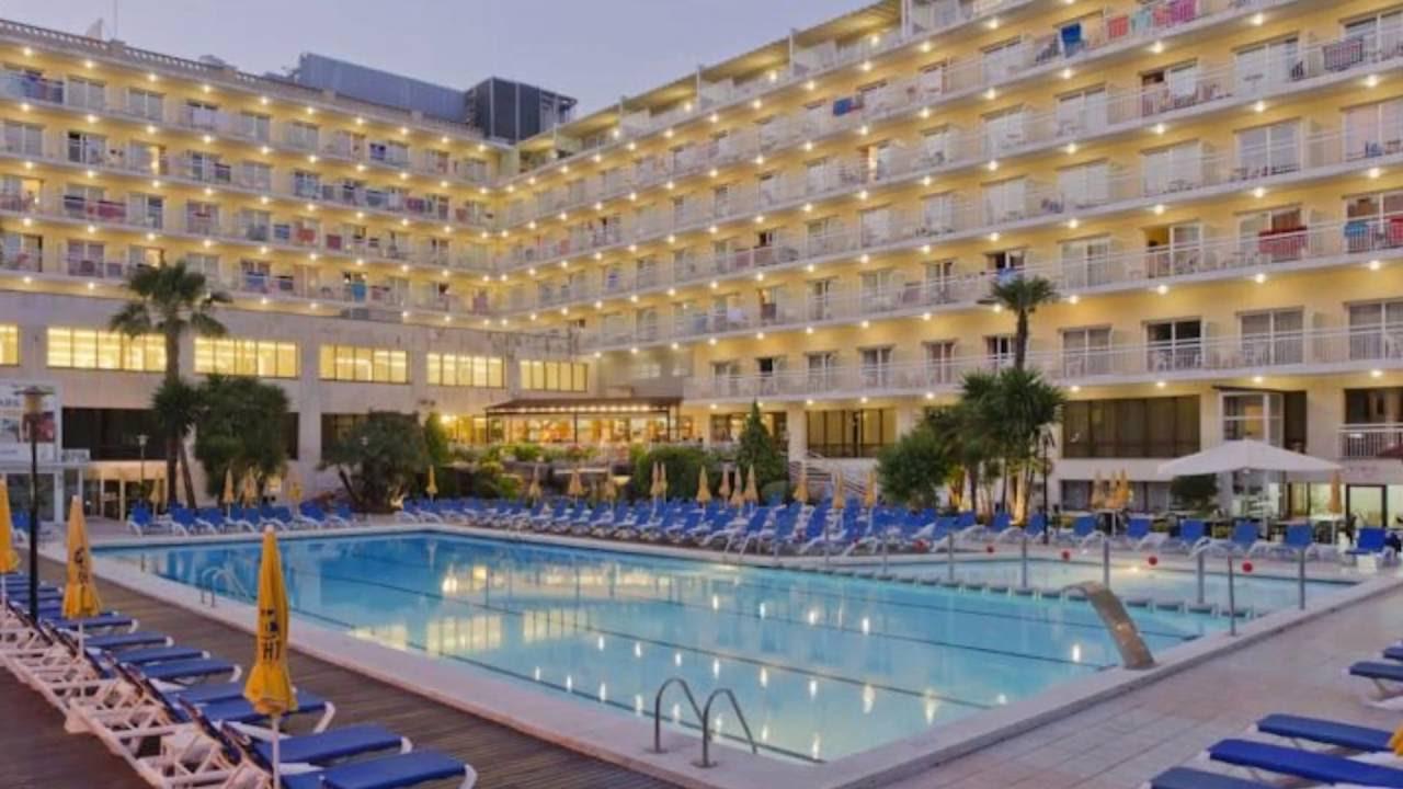 Hotel Oasis Park Fenals