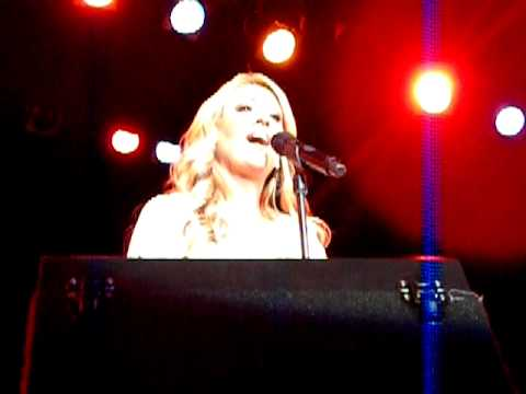 "Lee Ann Womack ""There Is A God"" Ada, OH 9/25/10"