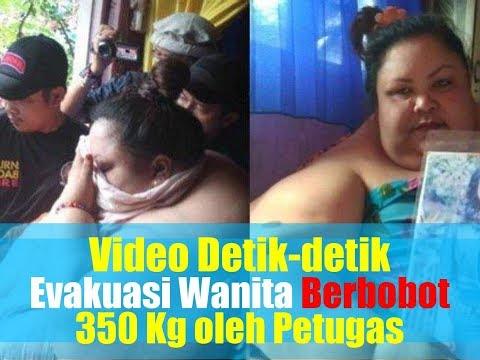 VIDEO: Detik-detik Evakuasi Wanita Berbobot 350 Kg oleh Petugas