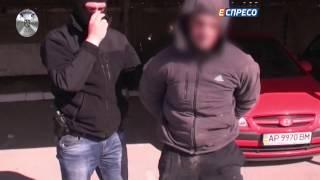 Поліцейський резонанс   Пограбування валютників