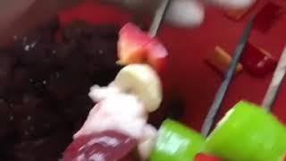 Закадка восточного фастфуда .Печень барашка с овощами в сетке.