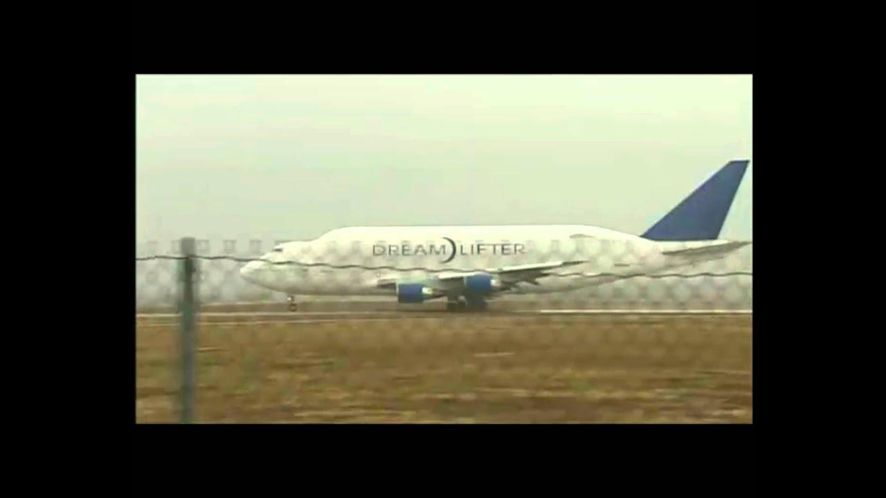 Boeing B747-Dreamlifter ultra short take off from Jabara! (Must see!)