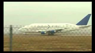 boeing b747 dreamlifter ultra short take off from jabara must see