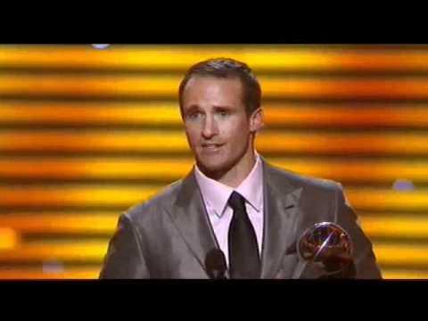 Alamo Bowl Alum Drew Brees Accepts Award at 2012 ESPYS