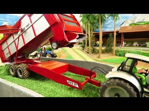 Rc Tractor With Silage Wagon At Work / Harvest Action With Heavy Farm Machines