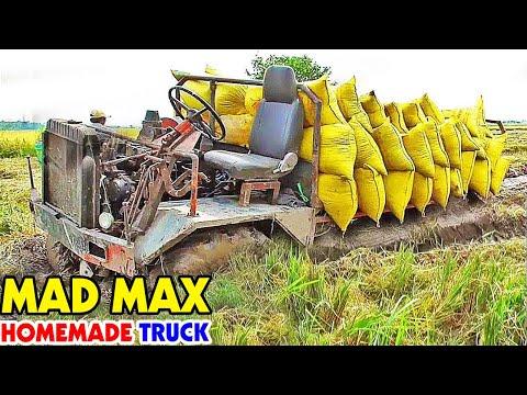 traktor 4x4 buatan sendiri traktor beban berat terjebak dalam lumpur