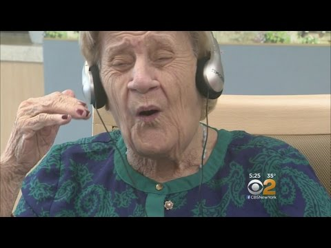 Dr. Max Gomez: Music Helps Fight Dementia