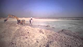 قناة السويس الجديدة : شاهد سحب وطرد الكراكات للرمال فى أحواض الترسيب