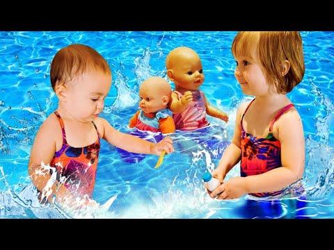 Kids Play Dolls