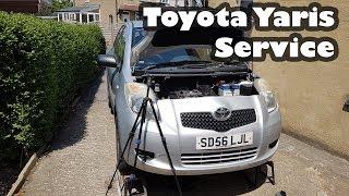 Servicing the 1.0 VVTI Toyota Yaris