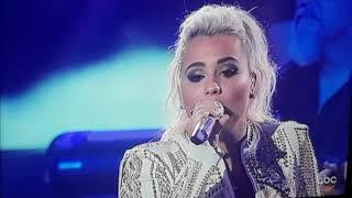 Gabby Barrett Performs With Luke Bryan on American Idol Season Finale