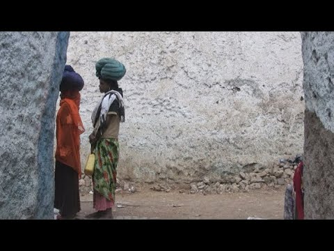 Ethiopia: Harar, main street and food, Market in 2012