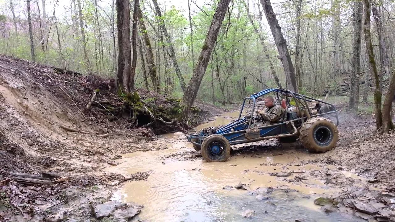 Rail buggy hits wildcat bank @ Mud Madness - YouTube